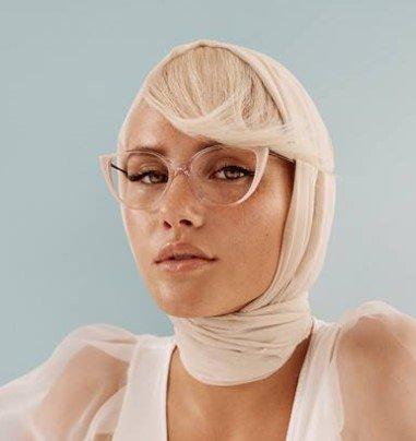 pro design fashionable blond female fashion